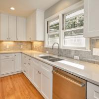 225Pineview-Kitchen22404-copy