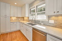 225Pineview-Kitchen22404-copy